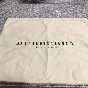 Burberry dust cover